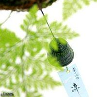 苔玉 吊りシノブ 9cm玉 南部鉄器風鈴付き(1個) 盆栽 コケ玉